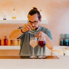 Laneway bar Fig & Frankie's brings quality sips and snacks to Broadbeach